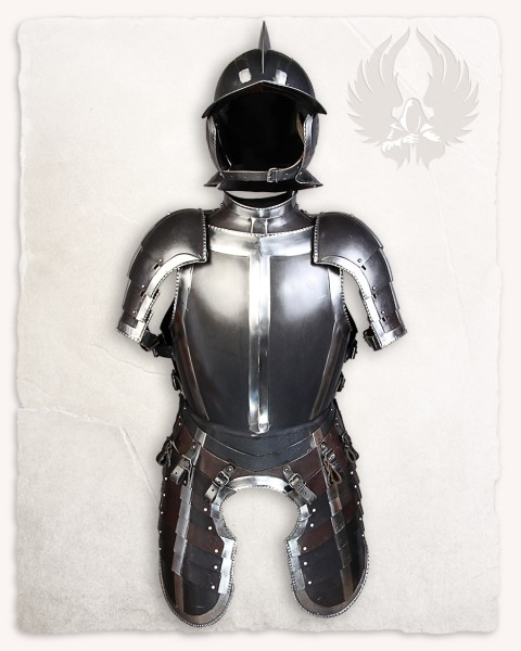 Kaspar armour set browned with blank bordering