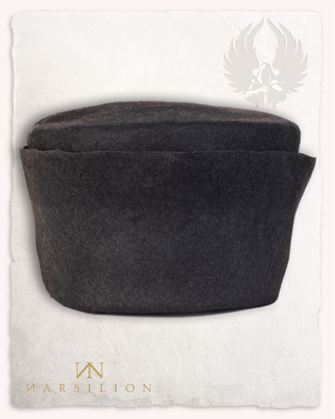 Felted cap black