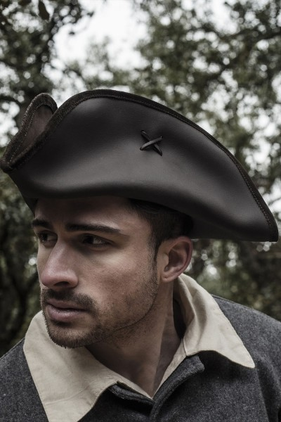 Jack Rackham Pirate tricorn brown